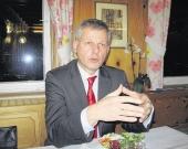 Thomas Knapp hat sich beim Besuch bei der Horber SPD auf seine politischen Gegner in Bund und Land konzentriert.